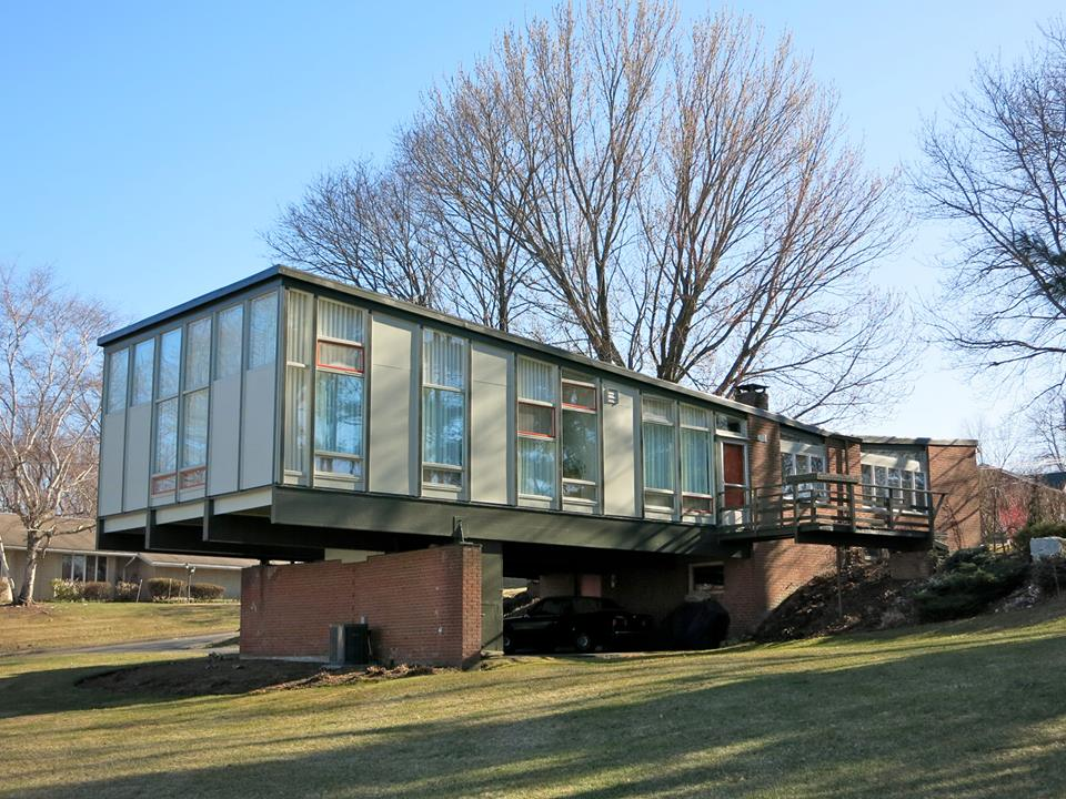 PA-James Aguiar and Mark Haldeman Abelove House built in 1958